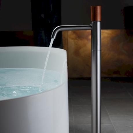 0719_CAROMA_elvire freestanding bath filler.png