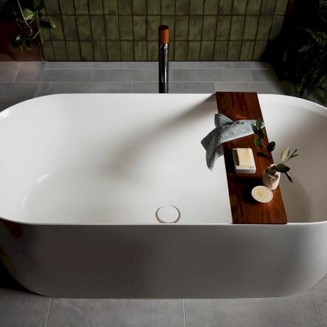 0719_CAROMA_elvire bath.png