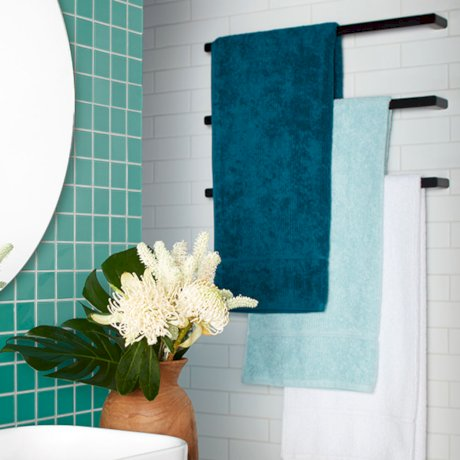 Luna single towel rail.jpg